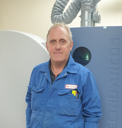 Chemist Vinny Craddock celebrates 40 years at CSG